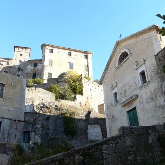 Balestrino-ruderi_chiesa_Sant'Andrea2
